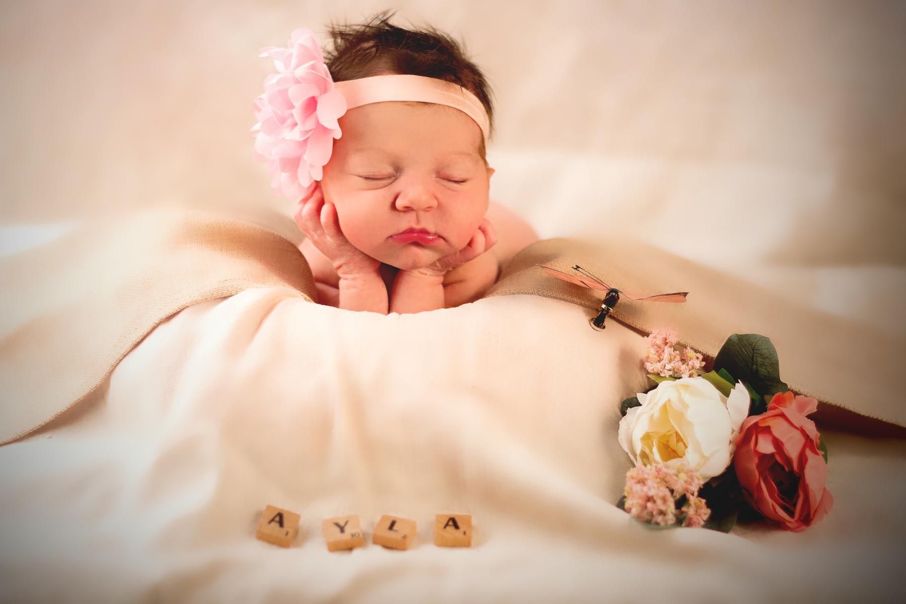 Newborn Shooting Ayla - Fotografduisburg Hendrich - Design & Fotografie